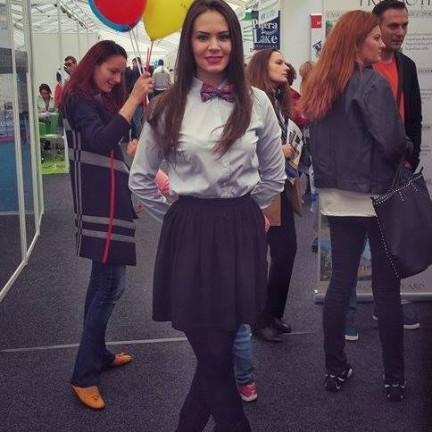 Expozitie Timon 2015_hostess_modele_  (19)